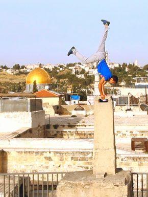 Jaquette dvd Derrière Les Fronts: Résistances Et Résiliences En Palestine