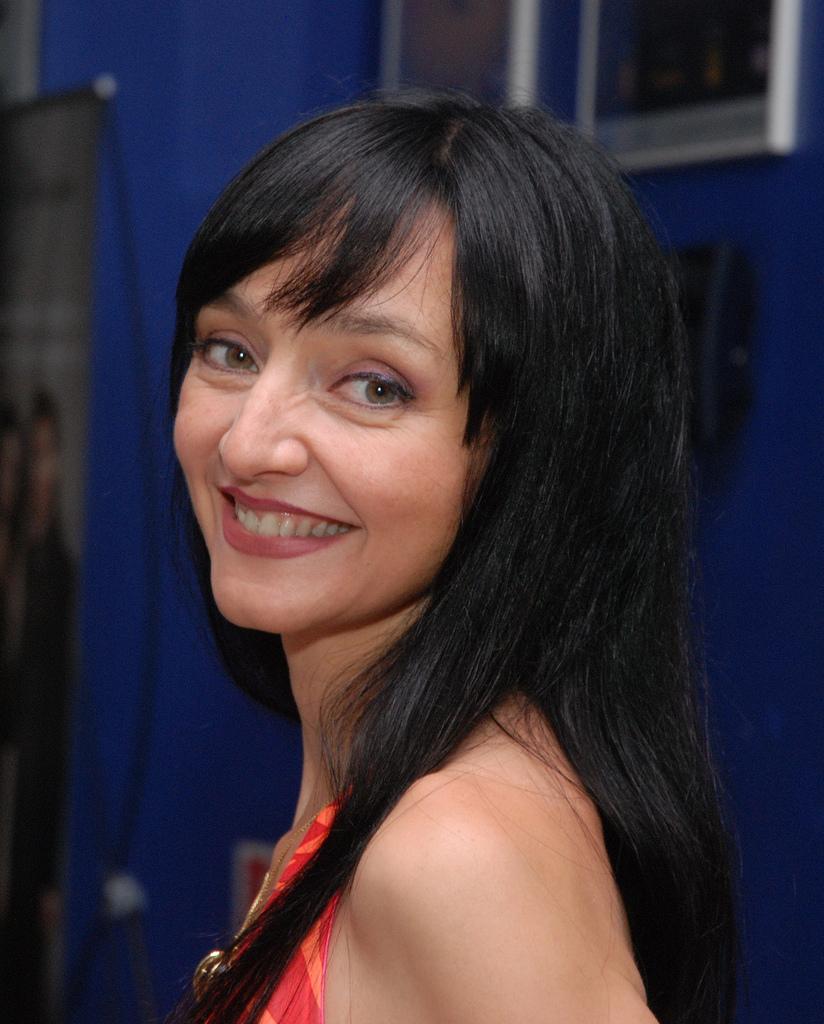 Maria De Medeiros - Wallpaper Actress